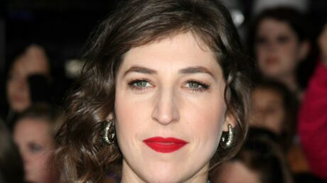 Mayim Bialik (Big Bang Theory) blessée dans un accident de voiture