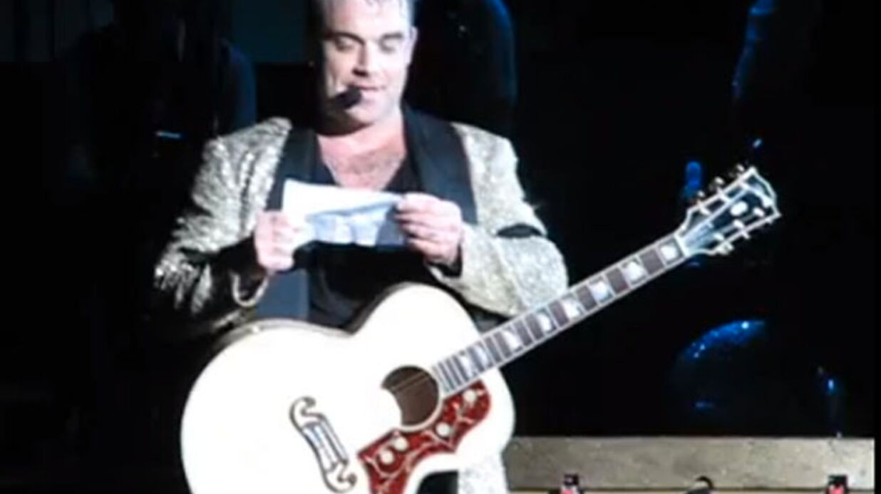 VIDEO Robbie William parle de son pénis en maniant le croate