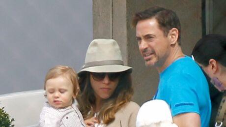 DIAPO Robert Downey Jr emmène sa femme et son fils en promo