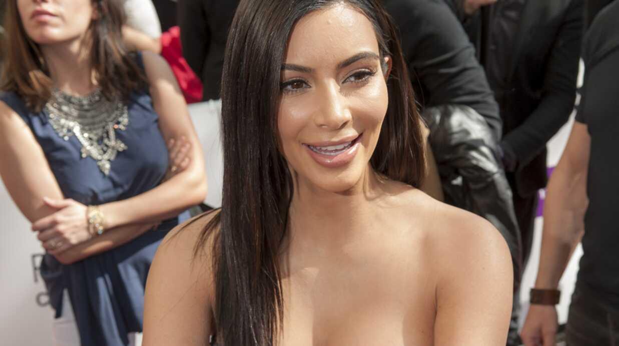PHOTOS Kim Kardashian hyper sexy pour rencontrer ses fans parisiens