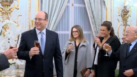 VIDEO Albert II de Monaco célèbre la naissance de ses jumeaux