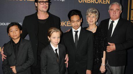 PHOTOS Brad Pitt et ses enfants au secours d'Angelina Jolie