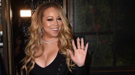 PHOTOS Mariah Carey s'amuse bien dans son bain avec un bikini en cristal vraiment très bizarre