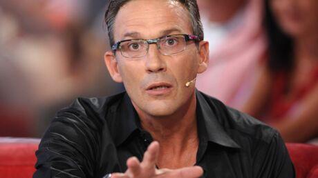 Sans aucun doute: Julien Courbet fait ses excuses à un bijoutier en colère
