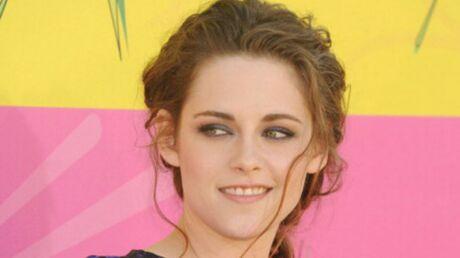 Kristen Stewart s'est mise au bouddhisme pour oublier Robert Pattinson