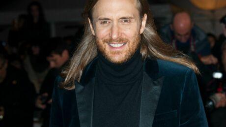 David Guetta mixe à Ibiza devant un cheval et suscite la colère