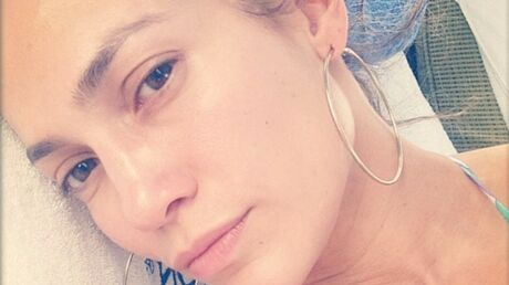 PHOTOS Jennifer Lopez en bikini et sans maquillage : des regrets pour Casper !