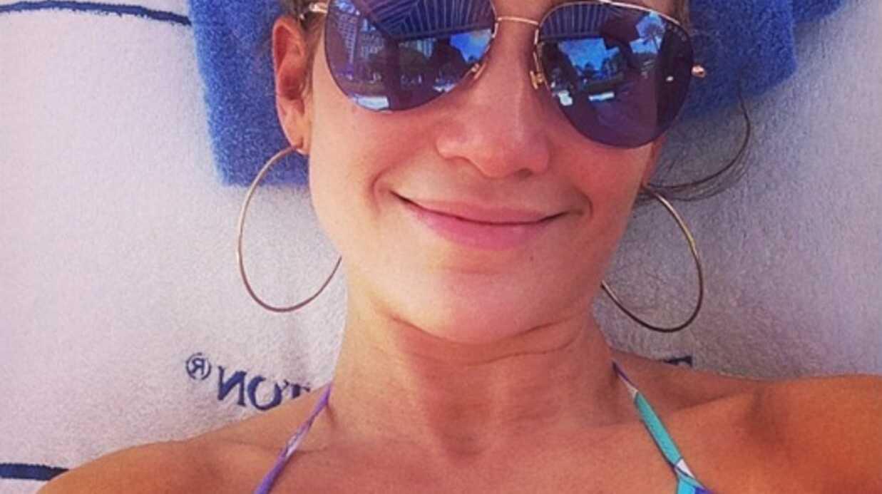PHOTOS Jennifer Lopez en bikini et sans maquillage: des regrets pour Casper!