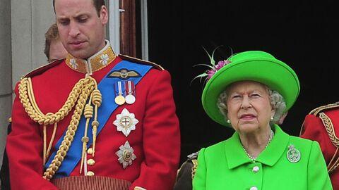 VIDEO Elizabeth II réprimande (sèchement) le prince William devant tout le pays