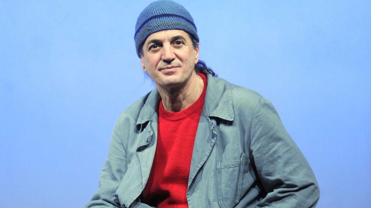 Francis Lalanne va défier Manuel Valls aux législatives