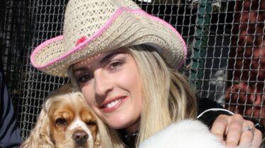 Une chanteuse qui a du chien