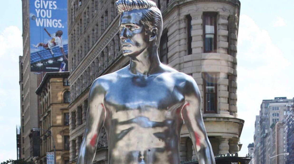PHOTOS David Beckham statufié en sous-vêtements dans New York