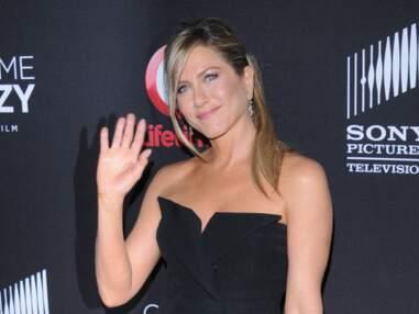 Jennifer Aniston super sexy pour une avant première