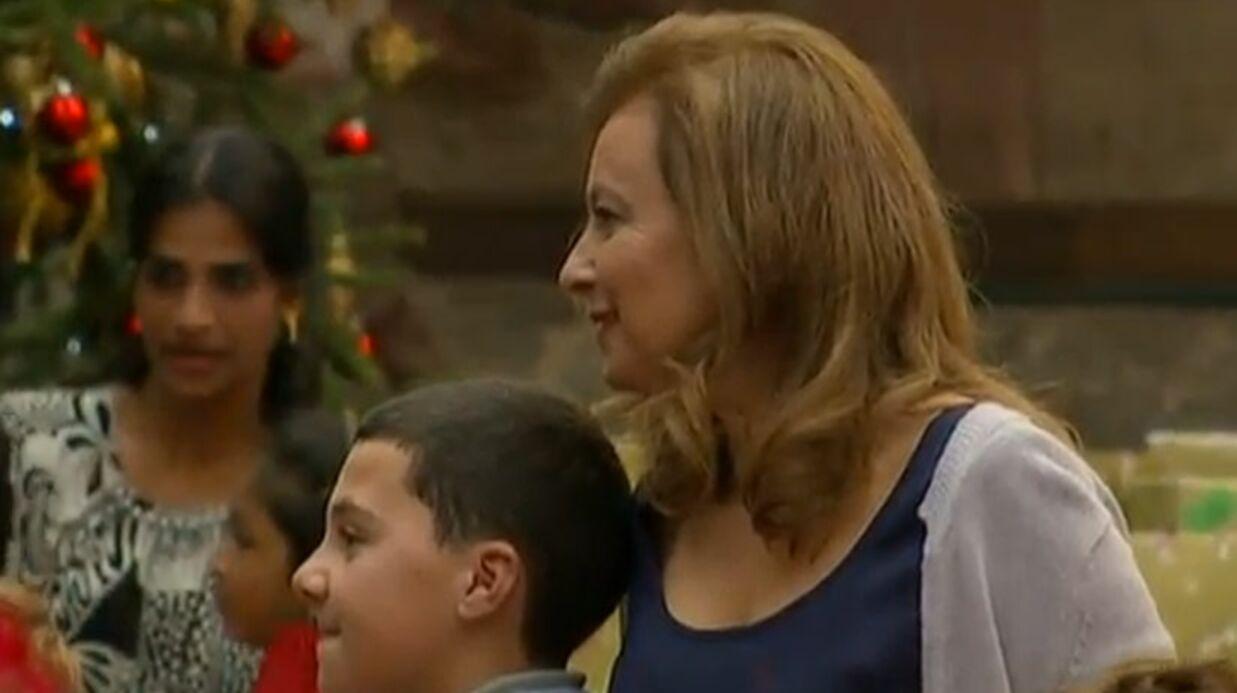 VIDEO Le premier Noël de Valérie Trierweiler à l'Elysée
