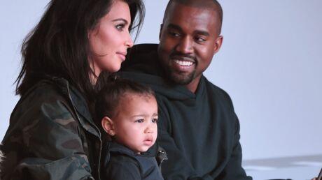 Kim Kardashian et Kanye West: la tenue gilet pare-balles de leur fille choque
