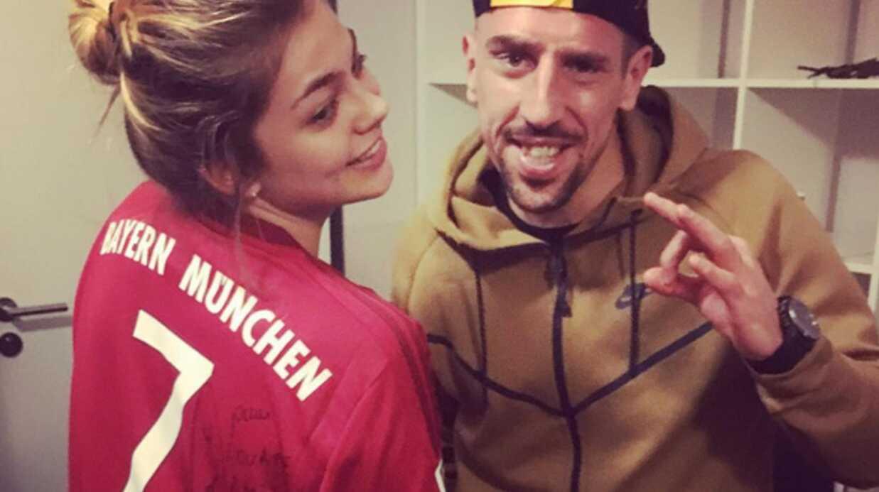 PHOTO Franck Ribéry passe faire coucou à Louane dans sa loge