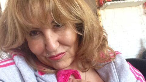 PHOTO Marie-Paule de L'amour est dans le pré pose topless et risque de s'enrhumer
