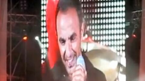 VIDEO Regardez Nikos Aliagas chanter en grec