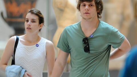 Emma Roberts arrêtée pour avoir frappé et mordu son petit ami