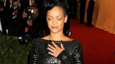 Rihanna aurait consolé Chris Brown après la bagarre avec Drake