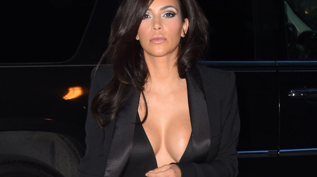 PHOTOS Kim Kardashian ose un décolleté incandescent