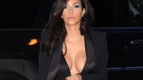 PHOTOS Kim Kardashian ose un décolleté incandescent