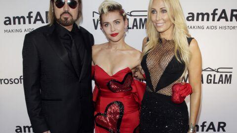 PHOTOS La mère de Miley Cyrus dans une tenue encore plus osée que celle de sa fille