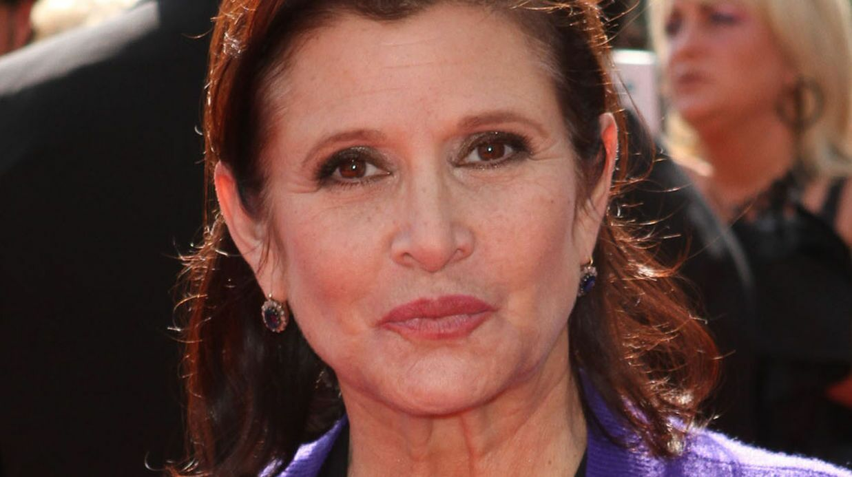 Carrie Fisher : le méde­cin légiste en dit plus sur les causes de sa mort