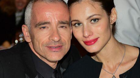 eros-ramazzotti-a-52-ans-sa-grande-difference-d-age-avec-sa-femme-lui-met-une-petite-pression