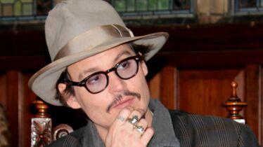 Johnny Depp, ivre (une fois) mort!