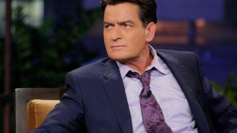 Charlie Sheen révèle qu'il est séropositif et que certains l'ont fait chanter pour garder le secret