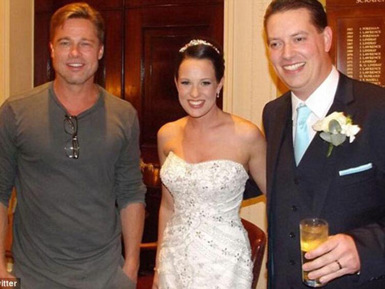 Brad Pitt joue les invités surprise à un mariage