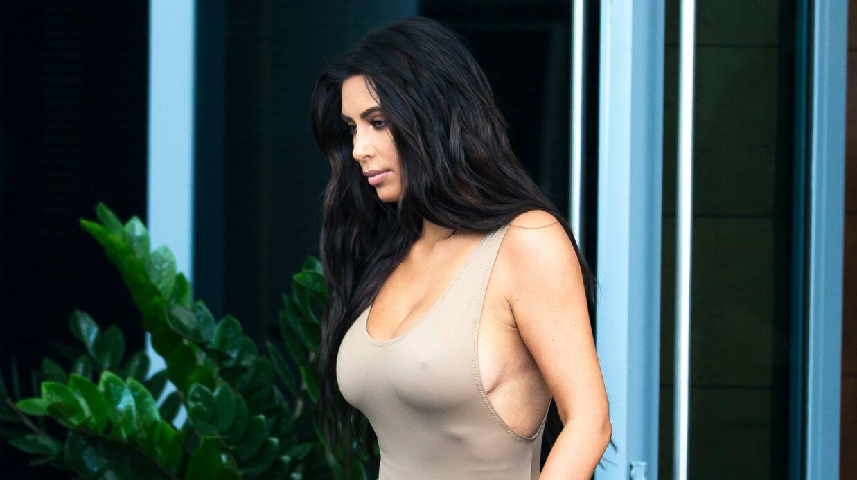 PHOTOS Kim Kardashian déambule sans soutien gorge dans un top un peu trop transparent