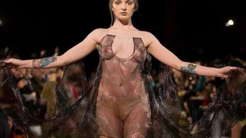 PHOTO Katrina Darling, la cousine de Kate Middleton, seins nus à la fashion week