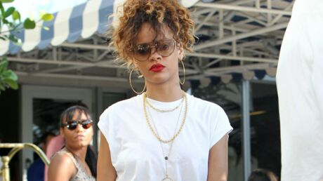 PHOTOS Rihanna poste des clichés sexy sur Twitter