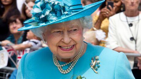 elizabeth-ii-et-son-salut-nazi-en-une-du-journal-the-sun-buckingham-palace-reagit