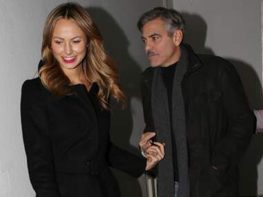 George Clooney et Stacy Keibler main dans la main à Berlin