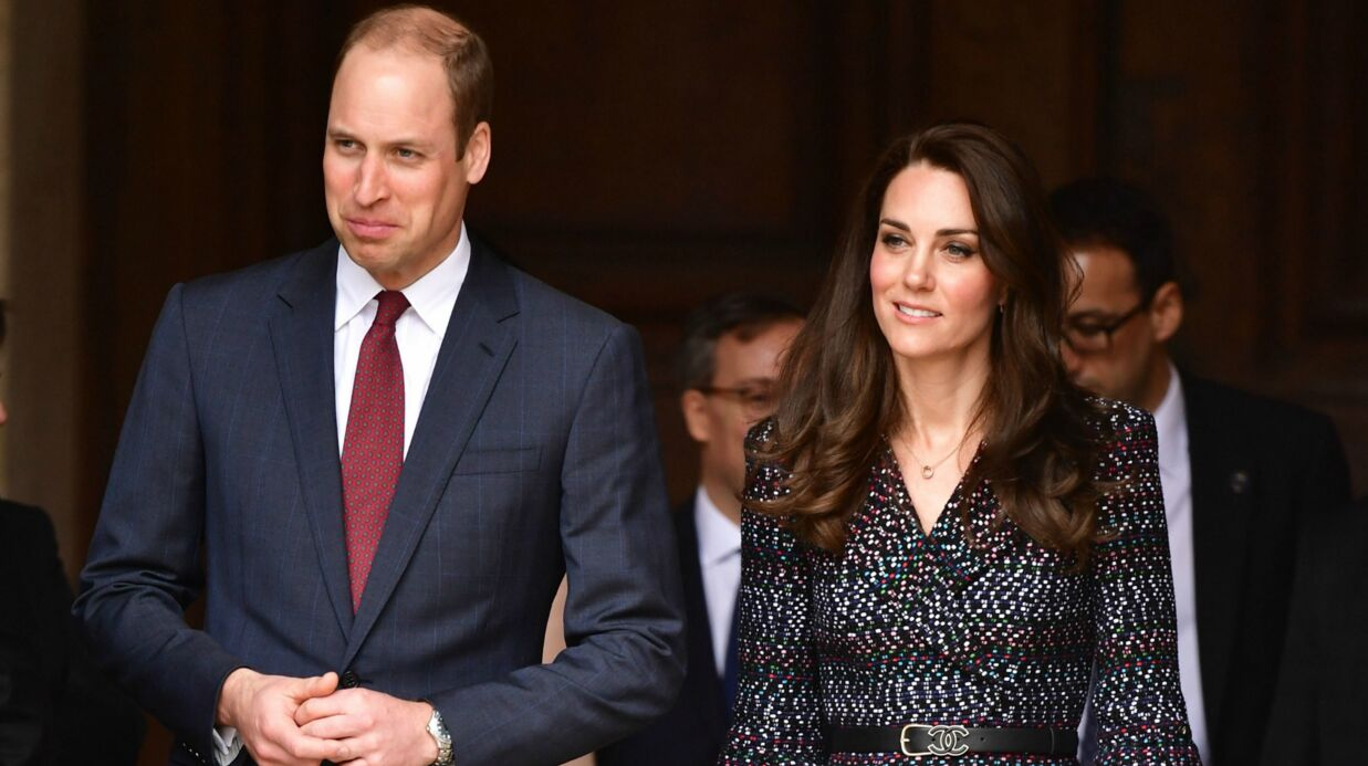 DIAPO Kate Midd­le­ton et le prince William, très chics, en visite aux Inva­lides