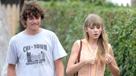 PHOTO Taylor Swift embrasse Conor Kennedy
