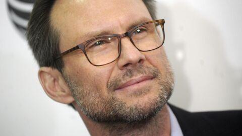 Attaqué en diffamation, Christian Slater révèle que son père a failli les tuer lui et sa mère