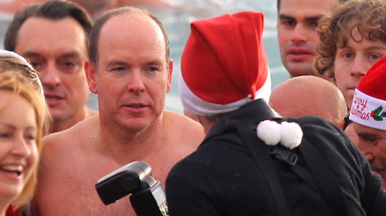 PHOTOS Albert de Monaco en slip de bain pour la bonne cause