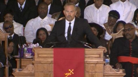 Kevin Costner : son discours en hommage à Whitney Houston