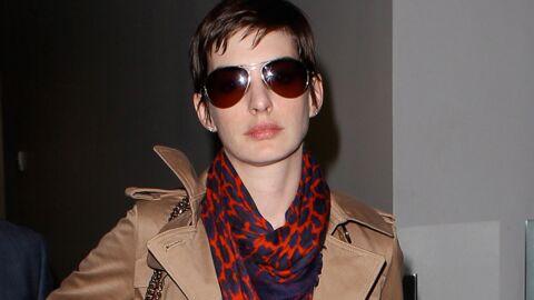 LOOK Le foulard imprimé s'accroche aux people