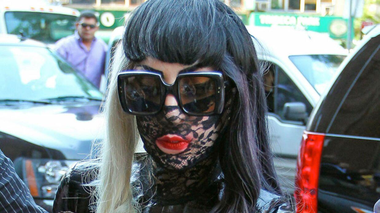 LOOK Lady Gaga: une journée, trois tenues