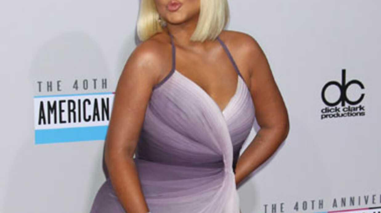 PHOTOS Christina Aguilera assume ses rondeurs sur le red carpet