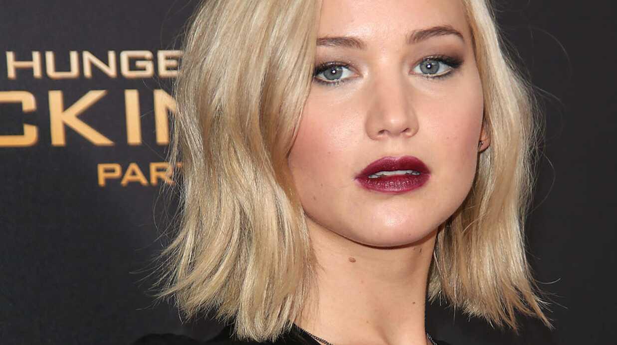 PHOTOS Jennifer Lawrence picole sur le tapis rouge