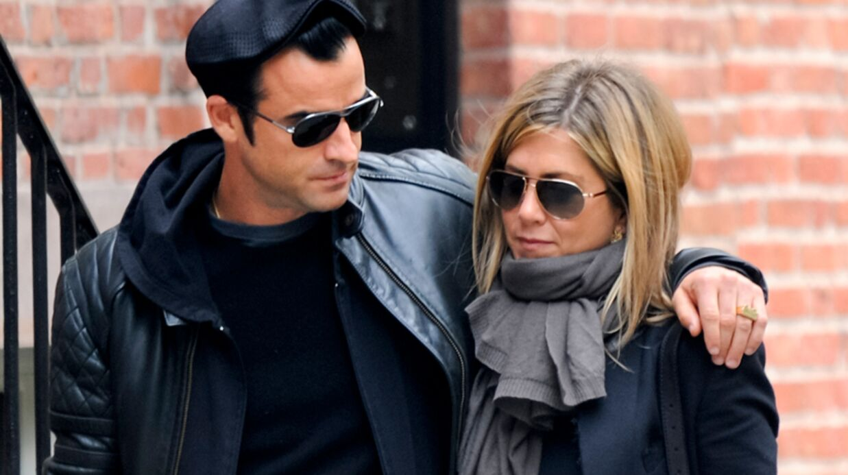 LOOK Jennifer Aniston copie le style de Justin Theroux