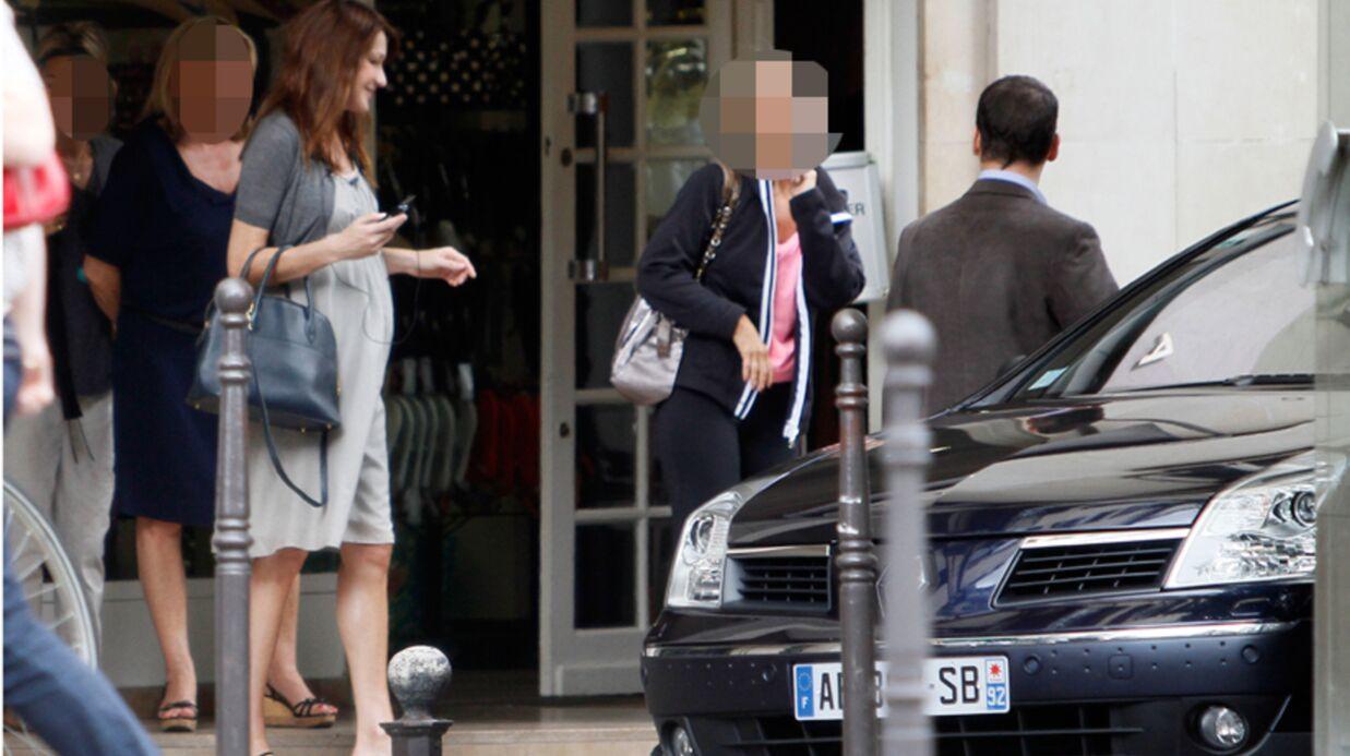 Carla Bruni: le Figaro parle d'accouchement imminent