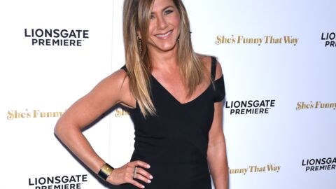 PHOTOS De retour de lune de miel, Jennifer Aniston dévoile fièrement son alliance