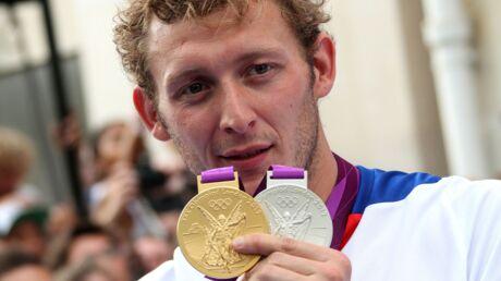 Amaury Leveaux: une star de la natation française a pris de la coke sur la poitrine d'une attachée de presse